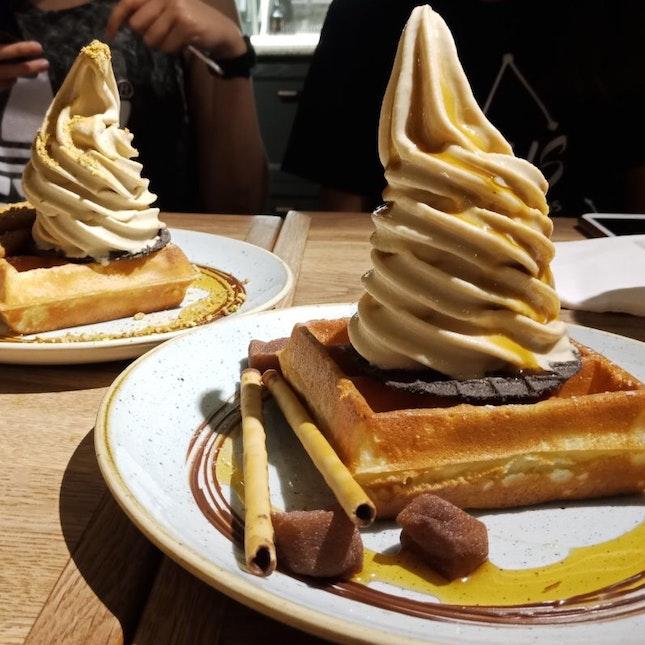 Waffle With Ice Cream $10.70