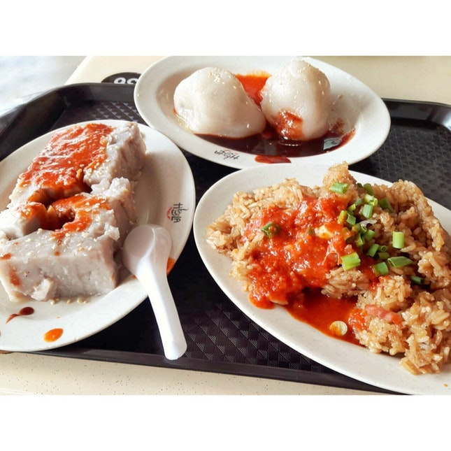 Good Yam Kueh, Soon Kueh & Glutinous Rice