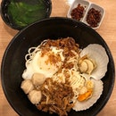 It's our first time dropping by KL Traditional Chilli Ban Mee and was attracted by their scallop ban mian ($8.90), and we decided to join in the queue.