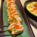Salmon Mentai Roll