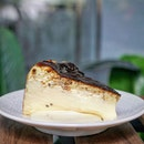 Burnt Cheese cake from @thekinscafe.