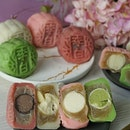 Celebrates the Mid-Autumn Festivalwith a resplendent curation of traditional baked and contemporary snow skin mooncakes handcrafted to perfection by the culinary team of award-winning Li Bai Cantonese Restaurant.