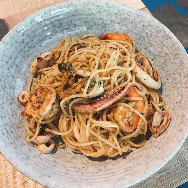 Mixed Seafood Aglio Olio
