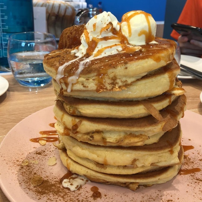 grilled apple with homemade caramel pancake 8 pieces ~$17