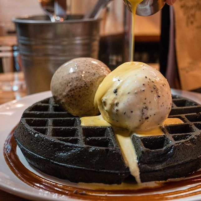 Gourmet Charcoal Waffles with Cookies & Cream and Butter Beer Ice Cream, Salted Egg Yolk Sauce