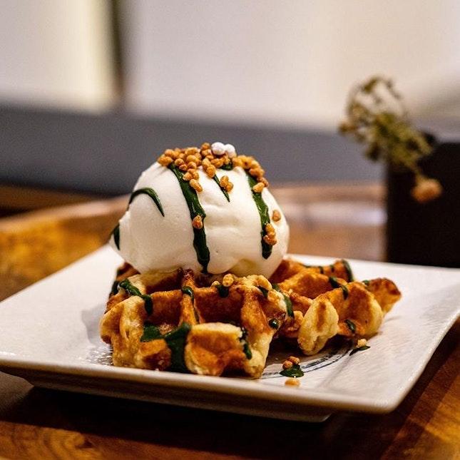 Belgian Waffle with Hokkaido Milk Ice Cream