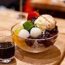 Kuromitsu Anmitsu | mixed Japanese fruits, agar cube, sweet red beans, shiratama mochi, matcha warabi mochi, vanilla ice cream