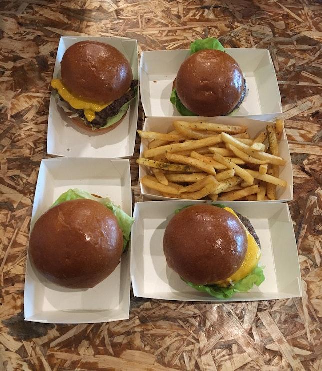 Signature Burger (~9.90)