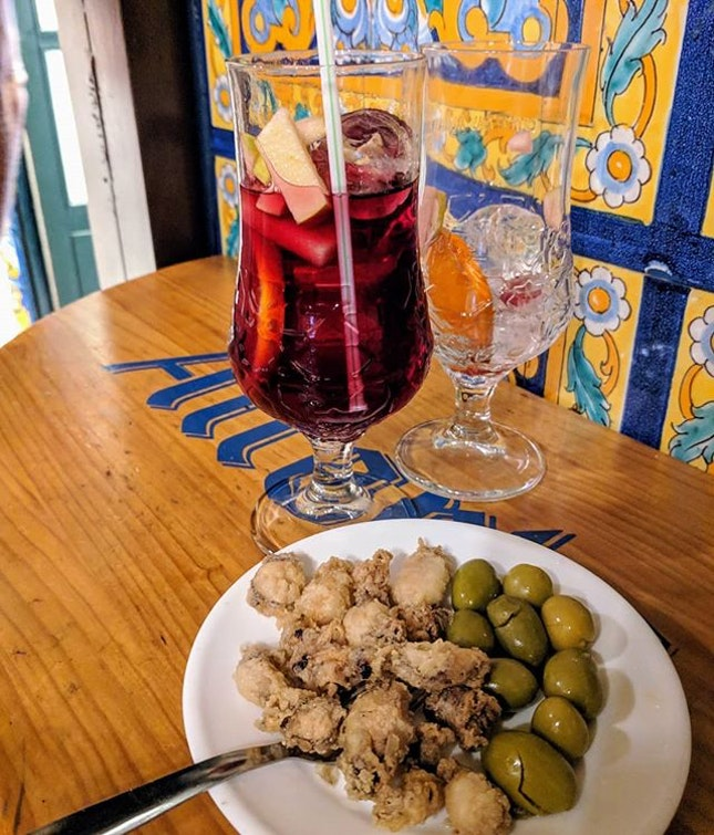 All the gorgeous free tapas in Granada!