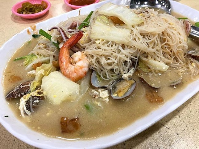 The sweetness of the broth from the seafood with really delicious noodles filled with wok hei...