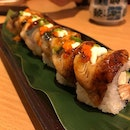 UNAGI and salmon together as a sushi is a luxurious lifestyle.