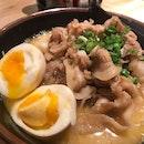 Buta Shabu Miso Ramen, Tonkutsu Spicy Chashu Ramen and Gyoza (dumplings) @tempuratentenrc @rafflescitysg The portions are huge and yummy 😋 .