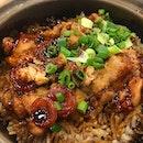 #throwback Dinner at Malaysia Boleh @malaysiabolehsg claypot rice and claypot pig trotters .