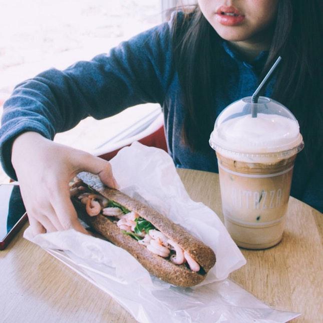 Shrimps Sandwich