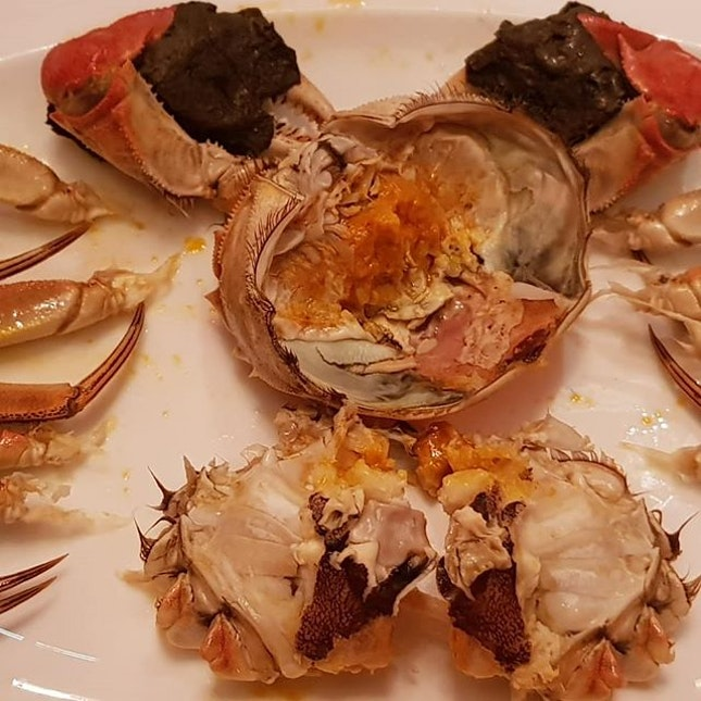 Media inviteHairy crab season at Shang Palace Shangri La Hotel Singapore.