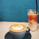 Found a tiny coffee shop maximising it's space in its little corner @maxi.coffeebar ▫️ .