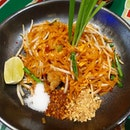 Seafood Pad Thai from Bangkok Jam!