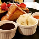 #cxyi - wanted pancakes and french toast for brunch but there were no pancakes.