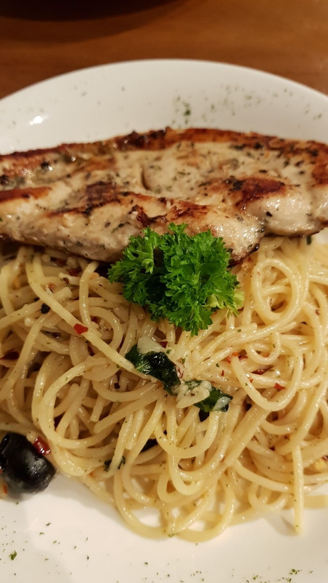 Aglio Olio With Chicken