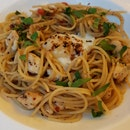 Spicy Aglio Olio With Olives And Rucola