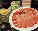 Eyes lit up when you have a pretty platter of sliced meat to go with your hotpot!