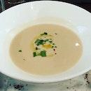 Cream of Cauliflower Soup 👍🏻👍🏻👍🏻 .