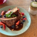 French Toast and Matcha Latte