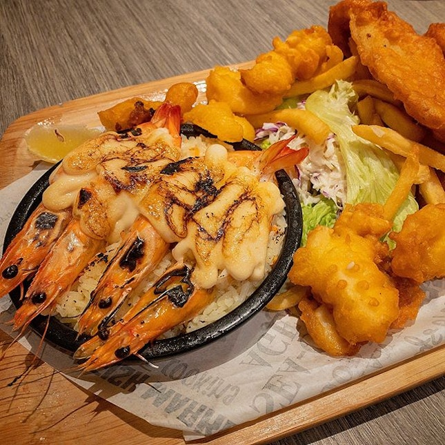 Who doesn't love fried seafood?