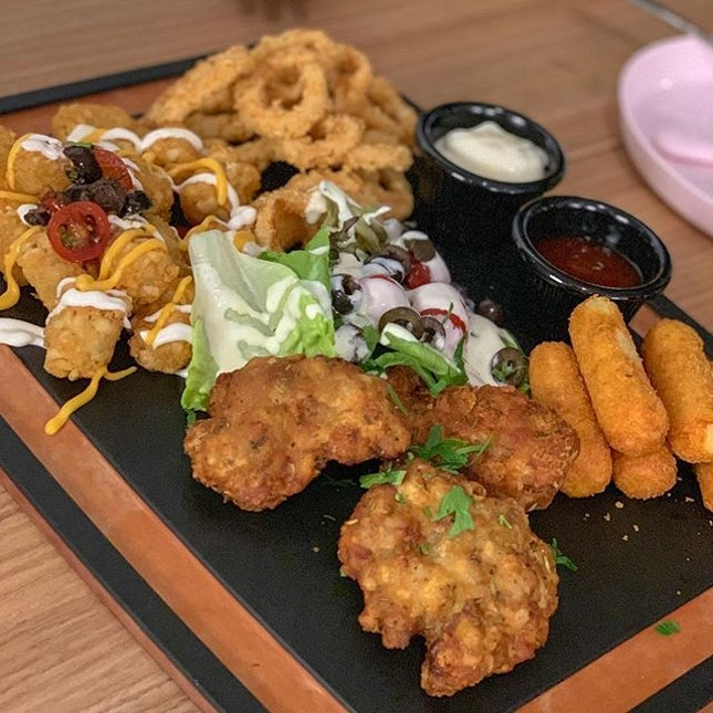 Appetizer platter from Commons @ Jewel.
