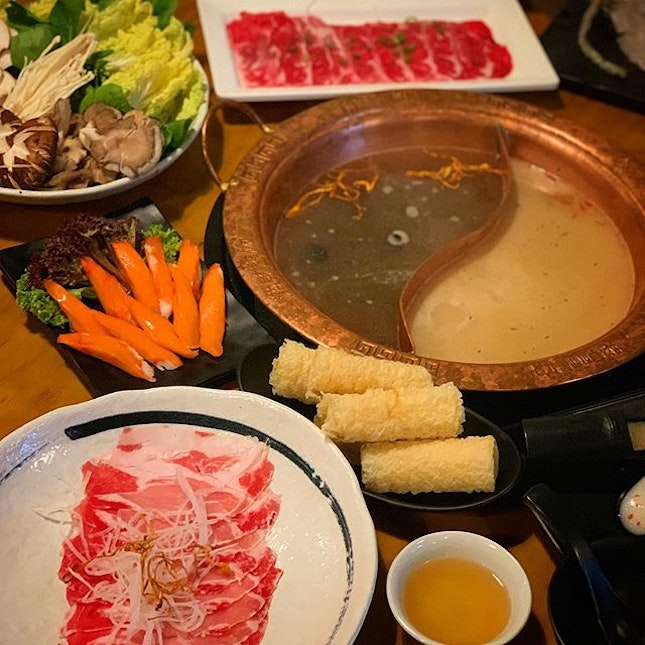 Steam boat spread for 4 pax at Longqing hotpot!