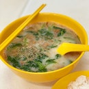 Healthy eats, with a nice bowl of hot fish soup!