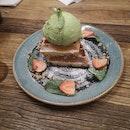 Matcha Ice Cream With Waffles ($12.50)