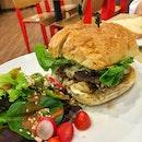 100% Lean Beef Burger ($15.50)