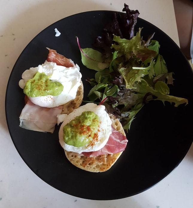 Eggs Ben With Guacamole ($22)