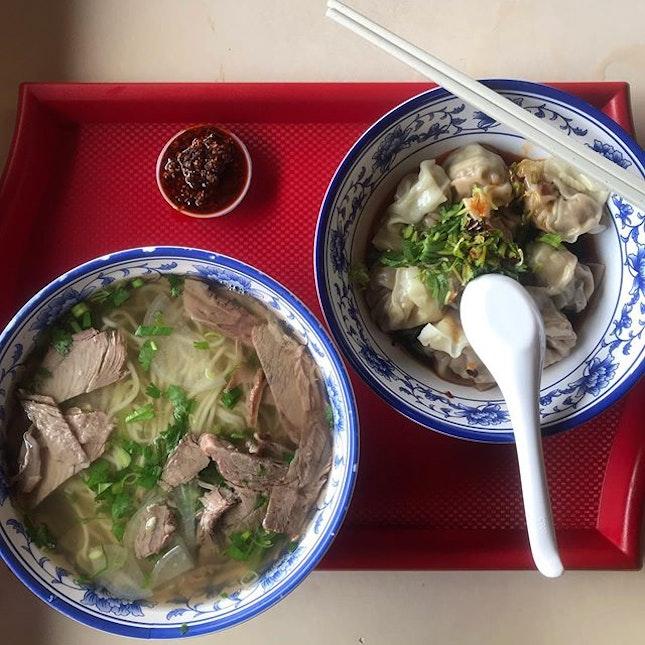 食香阁, their soup was too good to be real.