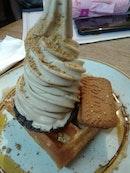 Pistachio Waffles