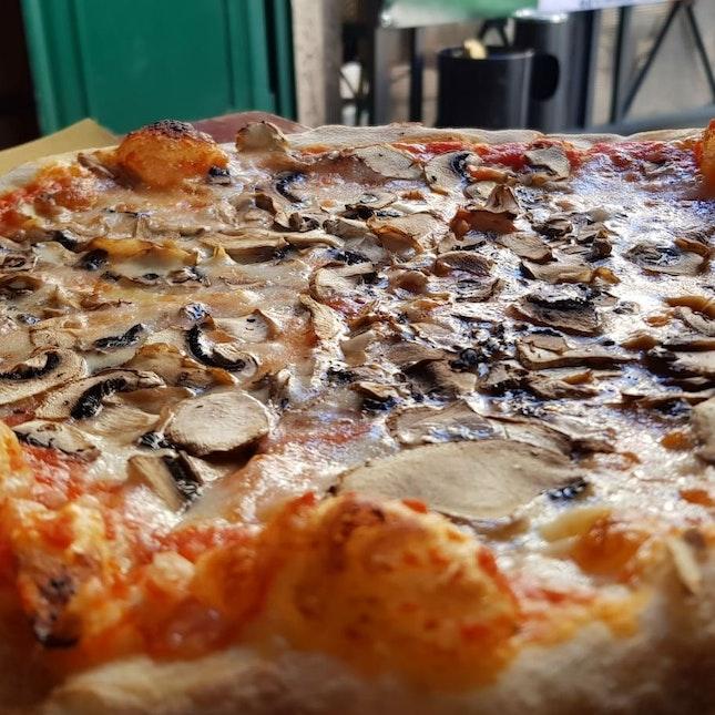 Fungi Pizza