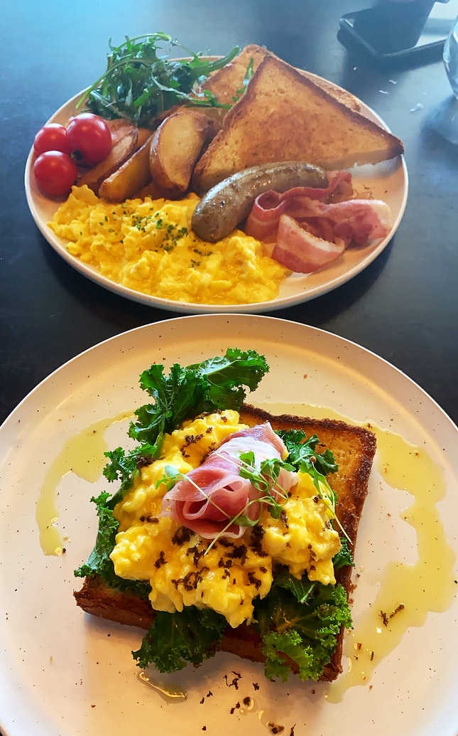 The Breakfast Works & Truffle Eggs And Prosciutto