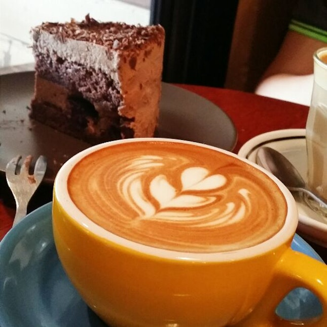 Blackforest With Rum, Flat White