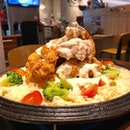 Rose Cheese Chicken ($32.90) - Served on a gas stove, mozzarella cheese melts and blanket over the remaining ingredients.