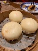 Steamed Custard Buns/ Liu Sha Bao