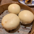 Steamed Custard Buns/ Liu Sha Bao