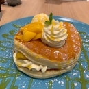 mango pancakes 🥞