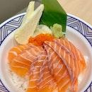 salmon sashimi rice bowl 🍣
