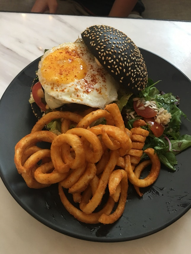 Love The Burger