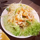 Cheap and good thai restaurant with no MSG and no service charge.
