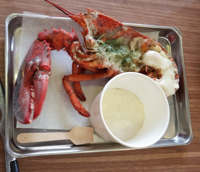 Half Live Lobster $18