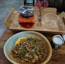 Granola Bowl And Korean Flower Tea
