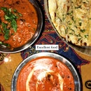 Can Never Have Enough Curries And Naan