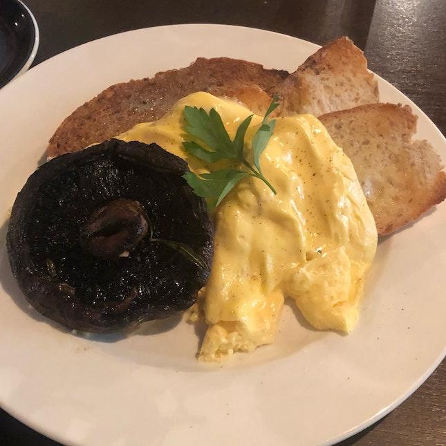 Scrambled Eggs On Toast w Portobello Mushroom $12.50